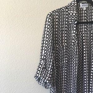 Long sleeve blouse.